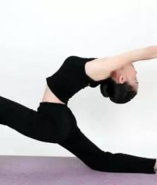 女人做瑜伽有什么好处 在家做瑜伽要注